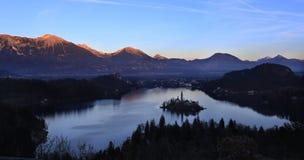 Panorama av den blödde ön, Slovenien royaltyfria foton