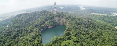Panorama av den Bukit Timah naturreserven arkivfoto