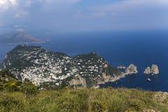 Panorama av den Capri ön från Monte Solaro, i Anacapri Arkivfoto