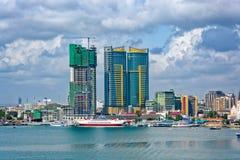 Panorama av den Dar Es Salaam stadsmitten Royaltyfri Bild