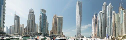 Panorama av den Dubai marina, UAE Royaltyfri Foto