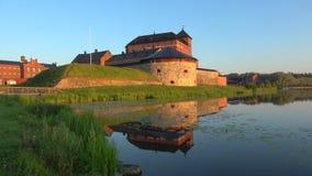 Panorama av den forntida fästningen Hameenlinna, morgon finland arkivfilmer