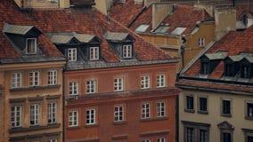 Panorama av den gamla staden i plats för Warszawaunesco-arv i Polen lager videofilmer
