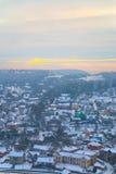 Panorama av den gamla staden per frostig afton Arkivfoto