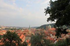 Panorama av den gamla staden av Prague, Tjeckien arkivbilder