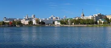 Panorama av den historiska mitten av Yekaterinburg Arkivfoto