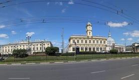 Panorama av den Komsomolskaya fyrkanten (fyrkanten för tre station eller enkelt tre stationer) moscow russia Arkivfoton