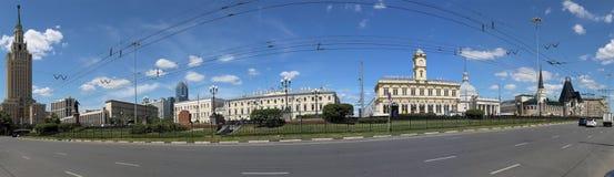 Panorama av den Komsomolskaya fyrkanten (fyrkanten för tre station eller enkelt tre stationer) moscow russia Royaltyfria Bilder