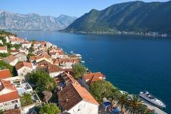 Panorama av den Kotor fjärden arkivfoton