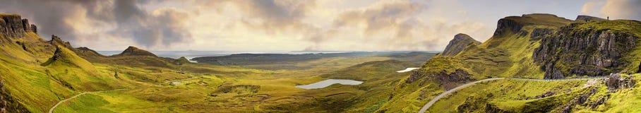 Panorama av den Quiraing bergskedjan Arkivfoton
