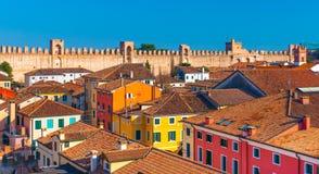 Panorama av den walled staden, Italien Fotografering för Bildbyråer