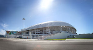 Panorama av Fisht Olympic Stadium på XXII vinterOS Royaltyfria Bilder