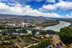 Panorama av floden Ebro i Tudela, Navarra, Spanien Royaltyfri Bild