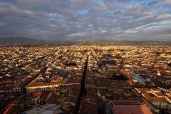 Panorama av Florence från överkanten av den Santa Maria Del Fiore domkyrkan fotografering för bildbyråer
