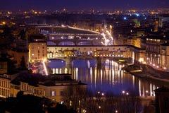 Panorama av Florence och sikt av den Ponte Vecchio bron, Florence, Tuscany, Italien Royaltyfria Bilder