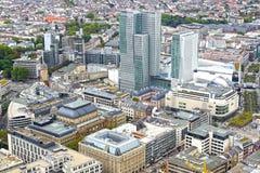 Panorama av Frankfurt - f.m. - strömförsörjning, Tyskland. royaltyfria bilder