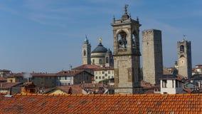 Panorama av gamla Bergamo, Italien Bergamo som kallas också den La Citt deien Mille, staden av tusenen, är en stad i Lombardy som Arkivbild