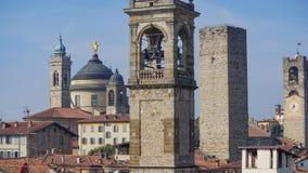 Panorama av gamla Bergamo, Italien Bergamo som kallas också den La Citt deien Mille, staden av tusenen, är en stad i Lombardy som Royaltyfri Bild
