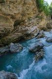 Panorama av härliga White River i caucasian berg i Adygea, Ryssland 23 region Krasnodar Fotografering för Bildbyråer