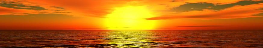 Panorama av havssolnedgången, soluppgång Arkivbilder