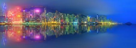 Panorama av Hong Kong och det finansiella området Fotografering för Bildbyråer