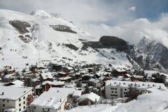 Panorama av hotellen och Hilsen, Les Deux Alpes, Frankrike, franska Arkivbild