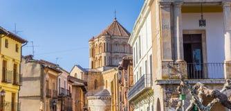 Panorama av hus och domkyrkan i Toro royaltyfria foton