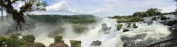 Panorama- av Iguazu Falls Royaltyfria Bilder