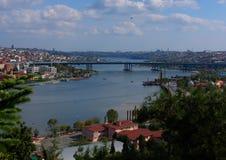 Panorama av Istanbul det guld- hornet arkivbilder