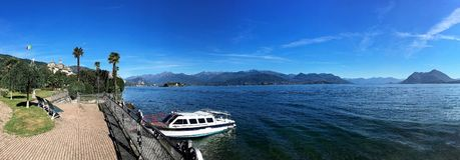 Panorama av Lago Maggiore royaltyfria foton