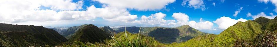 Panorama av landskap från centrala Oahu Arkivfoto