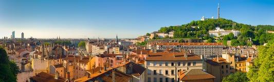 Panorama av Lyon i en sommardag Arkivfoto