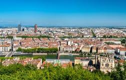 Panorama av Lyon med helgonet John Cathedral, Frankrike arkivbilder