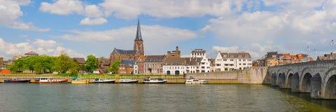 Panorama av Maastricht Arkivfoton