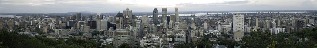 Panorama av Montreal från Mont Royal, Quebec, Kanada Arkivfoton