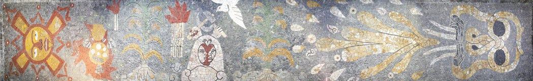Panorama av mosaiken inom Museo Anahuacalli royaltyfria bilder