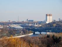 Panorama av Moskva från sparvkullar Royaltyfri Foto