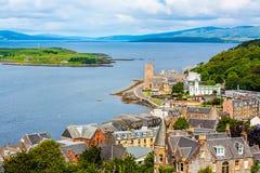 Panorama av Oban, en semesterortstad område inom för det Argyll och Buterådet av Skottland Arkivfoto