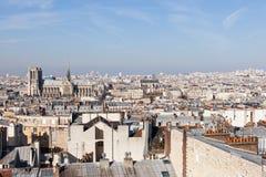 Panorama av Paris med domkyrkan Notre Dame de Paris Arkivbild