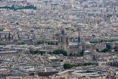 Panorama av Paris med flyg- sikt på Notre Dame Arkivfoton