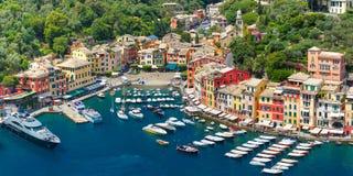 Panorama av Portofino, italienare Riviera, Liguria arkivbilder