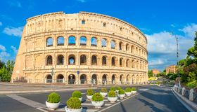 Panorama av Roman Colosseum, Italien arkivfoto