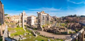 Panorama av Roman Forum i Rome, Italien arkivbilder