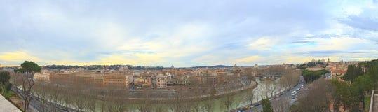 Panorama av Rome, sikt från den Giardino deglien Aranci italy Arkivbilder