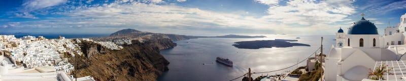 Panorama av Santorini Arkivbilder