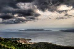 Panorama av Senj, Zengg, Kroatien fotografering för bildbyråer