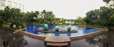 Panorama av simbassängen Royaltyfria Bilder