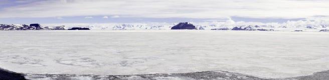 Panorama av snabb is, Gustaf Sound, Antarktis Royaltyfri Foto