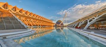 Panorama av staden av konster & vetenskaper som är komplexa i Valencia royaltyfri fotografi