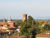 Panorama av staden av Pietrasanta Arkivbild